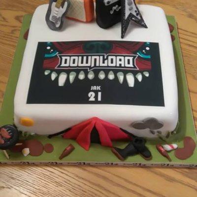 Download Festival Cake