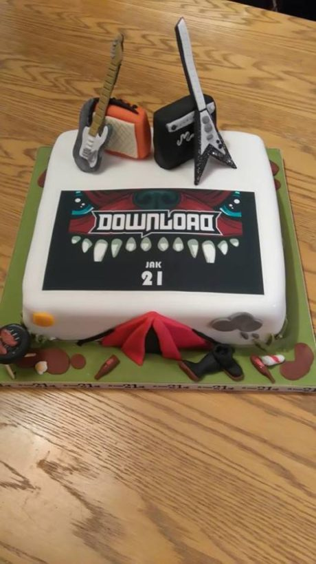 Download Festival Cake